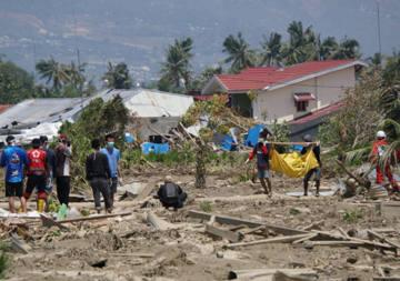 Ein Jahr nach dem Tsunami in Indonesien: Wie hilft Ihre Spende vor Ort?